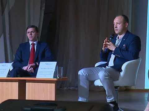 В опорном ВУЗе прошла встреча с космонавтом Александром Мисуркиным, героем России